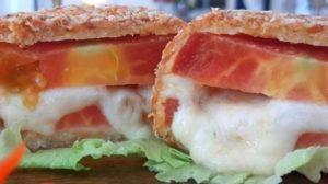 Sanduíche de tomate feito por Ana Maria Braga (Foto: Reprodução)