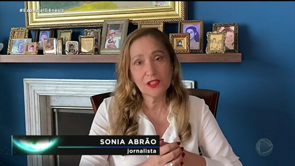 """Sonia Abrão em especial sobre """"Gênesis"""" (Foto: Reprodução/Record)"""