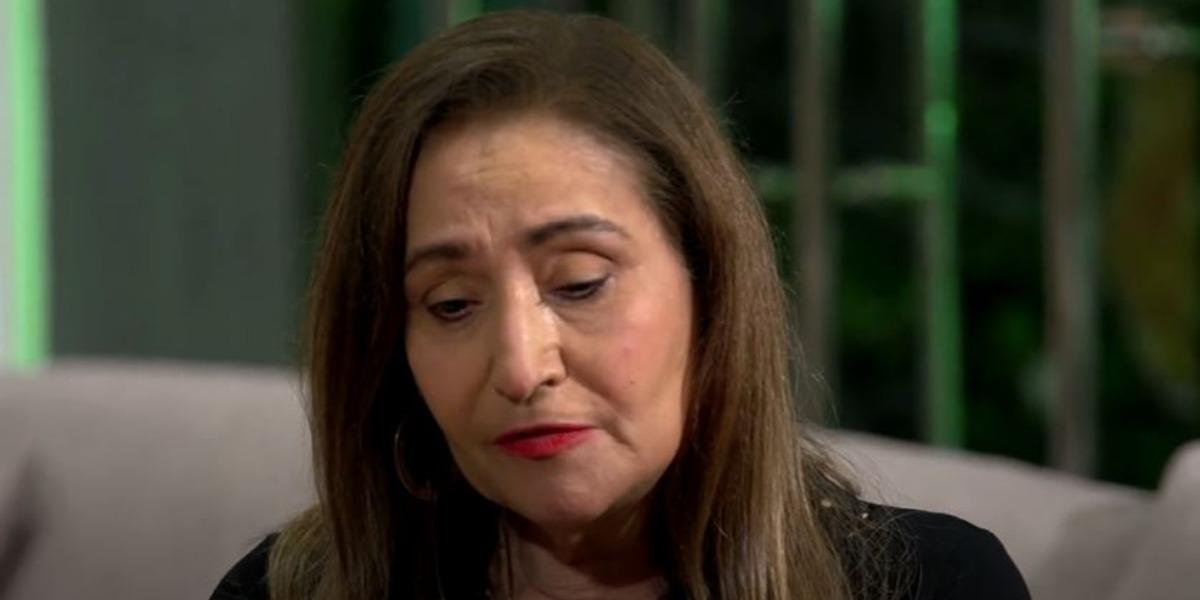 """Sonia Abrão apresenta o """"A Tarde é Sua"""" (Foto: Reprodução/YouTube)"""