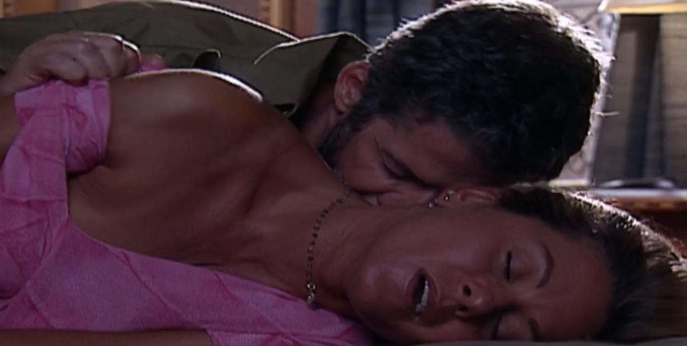 Em Laços de Família, Helena se entregará a Pedro afim de engravidar do ex (Foto: Reprodução/ TV Globo)
