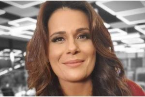 Adriana Araújo falou que se afastou da Record por conta de cirurgia (Foto: Reprodução)