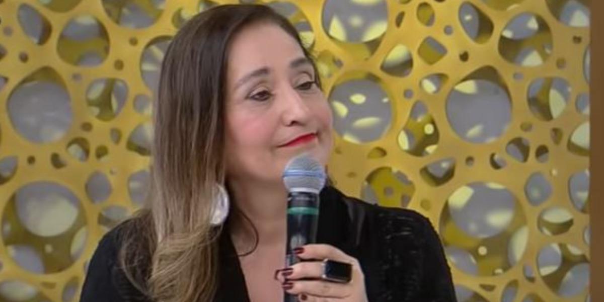 """Sonia Abrão se despediu de colega do """"A Tarde é Sua"""" (Foto: Reprodução/RedeTV!)"""