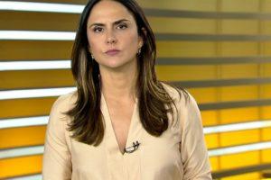 Carla Cecato surgiu abatida e contou sobre problema de saúde (Foto: Reprodução)