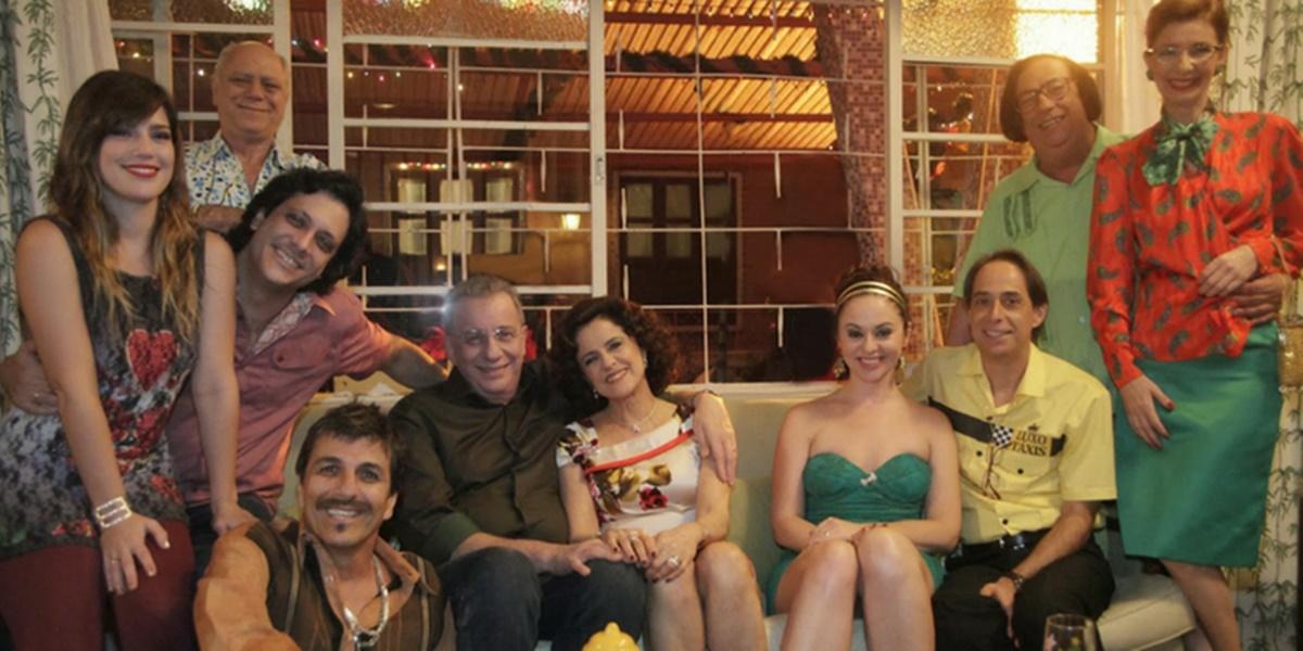 A turma da Grande Família reunida (Foto: Reprodução / TV Globo)