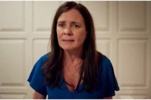 Thelma em cena da novela das 21h, Amor de Mãe - Foto: Reprodução