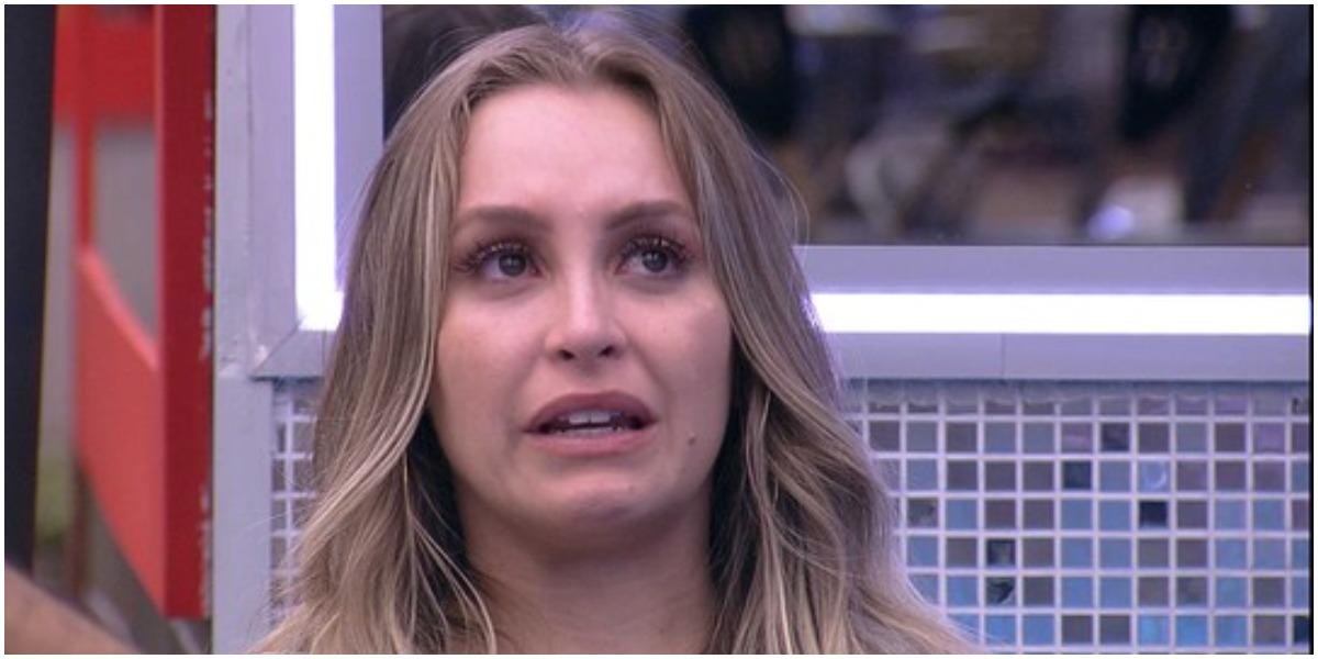 Carla Diaz fez desabafo sobre seu relacionamento com Arthur