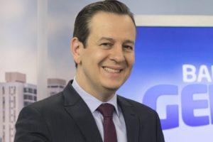 """Celso Zucatelli pode ser o novo apresentador de """"A Fazenda"""" (Foto: Reprodução/Record)"""