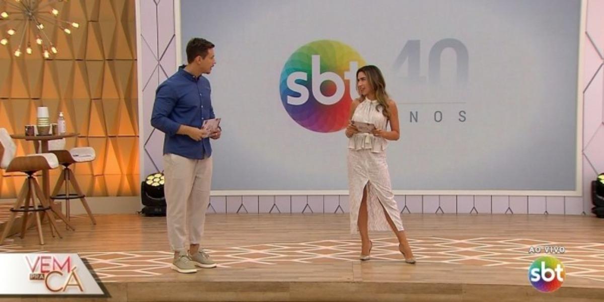 """""""Vem Pra Cá"""" teve um dia melhor na audiência com Patrícia Abravanel e Gabriel Cartolano (Foto: Reprodução/SBT)"""