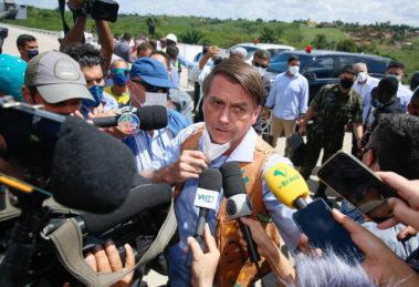 Presidente Bolsonaro se exalta