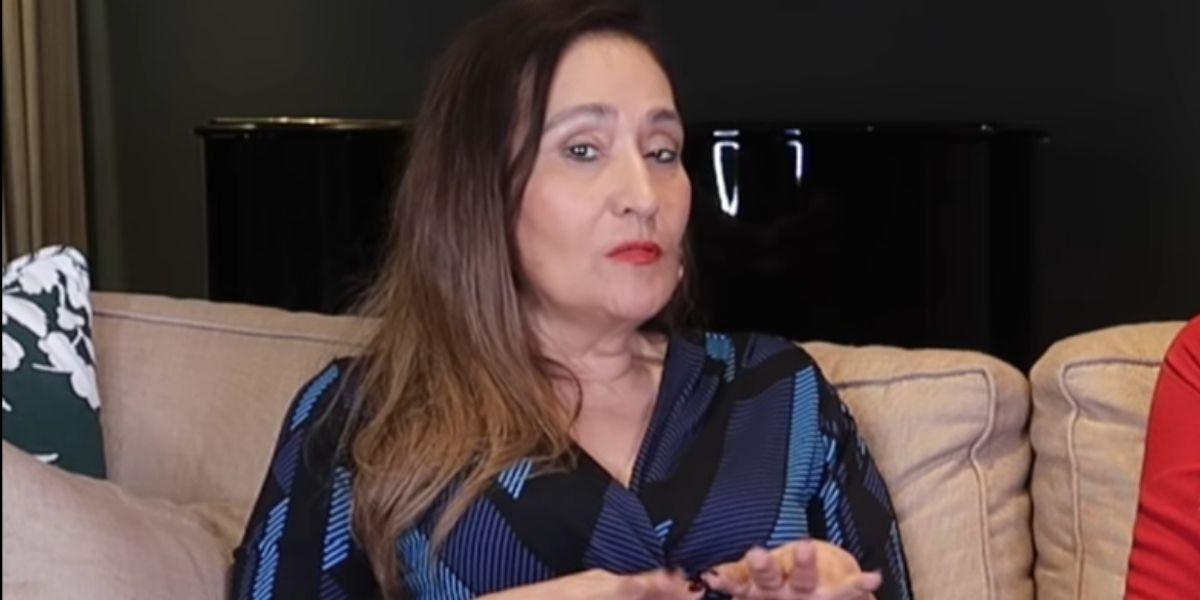 """Sonia Abrão expõe sobre """"traição"""" ao vivo e escancara toda a verdade sobre flagra: """"A cena na cama"""""""