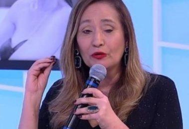 """""""Tinha deixado pelada"""", escandaliza Sonia Abrão ao vivo às câmeras após expor toda a verdade sobre famosa"""