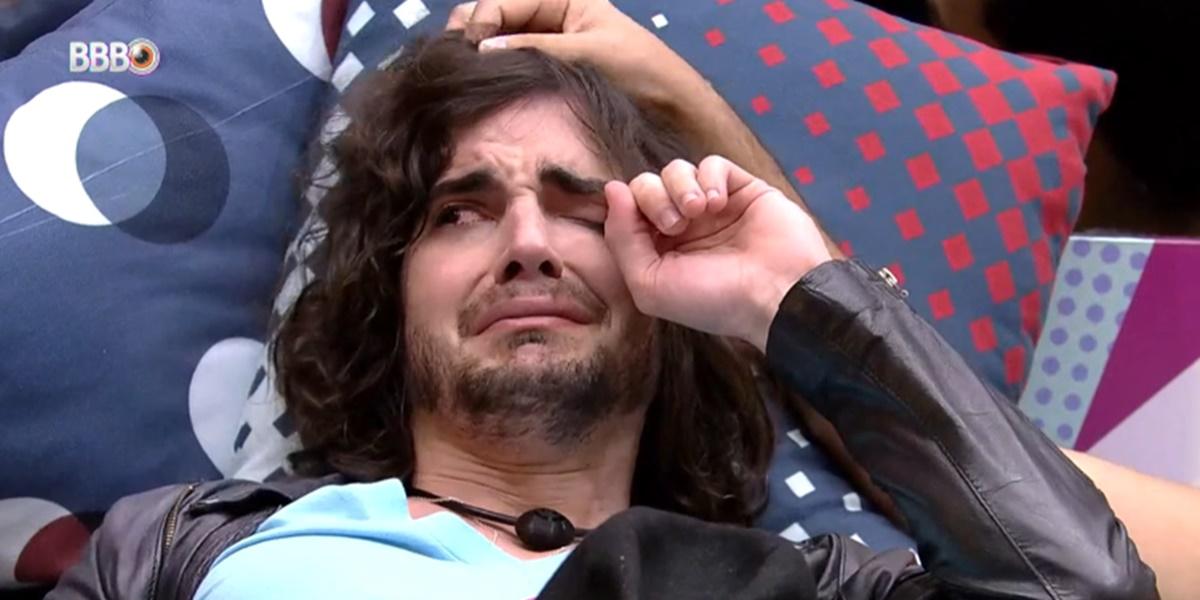 Fiuk chorou após ser indicado ao Paredão (Foto: Reprodução)