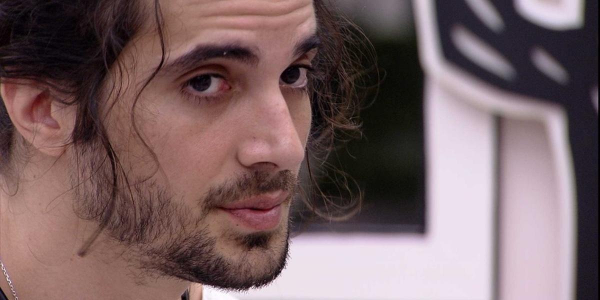Fiuk confessou ter beijado ator da Globo fora do BBB21 (Foto: Reprodução)