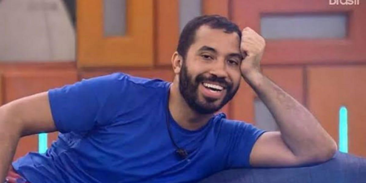 BBB21: Gilberto lista prêmios que ganhou no reality