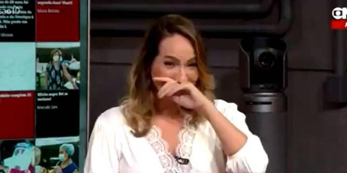 Maria Beltrão não conseguiu conter a emoção na GloboNews (Foto: Reprodução)