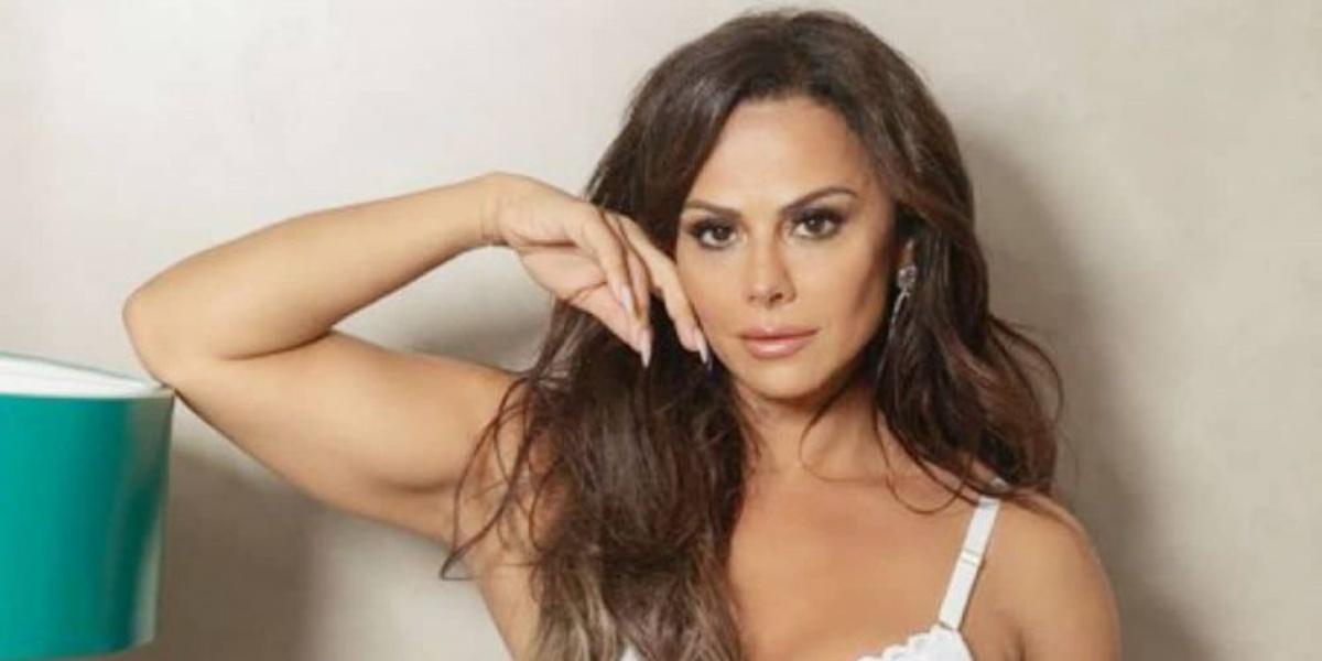 Viviane Araújo surgiu com tudo marcando em vídeo no Instagram (Foto: Reprodução)
