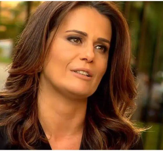 Adriana Araújo falou sobre futuro na televisão após ser demitida da Record (Foto: Reprodução)