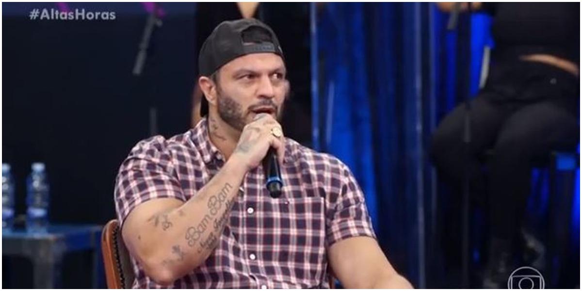 Ex-bbb Kleber Bambam, primeiro vencedor do Big Brother Brasil, falou sobre a época que o programa não tinha cancelamento (Foto: Reprodução)