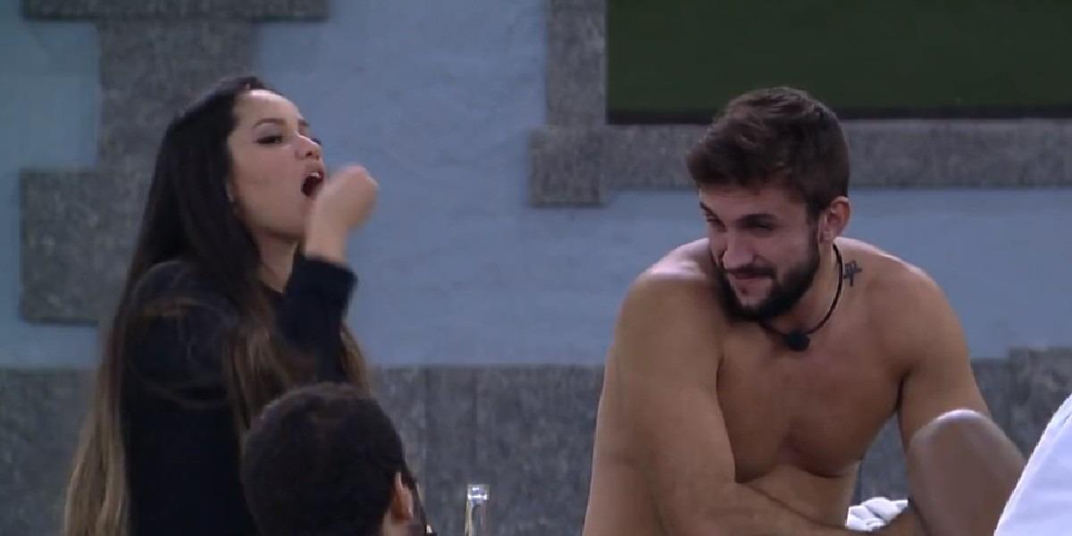 Arthur explicou para Juliette o motivo pelo qual votou na sister no BBB (Foto: Reprodução/ TV Globo)