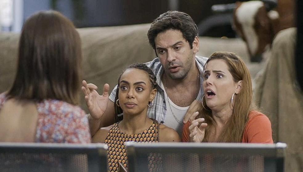 Bel, Alexia e Zezinho ficam chocados com acidente de Kyra em Salve-se Quem Puder