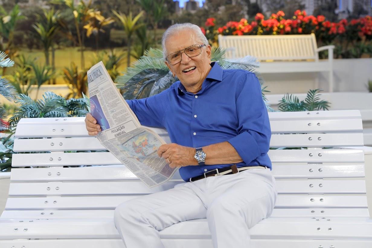 Carlos Alberto de Nóbrega registrou baixa audiência com volta de episódios inéditos de A Praça é Nossa (Foto: Reprodução)