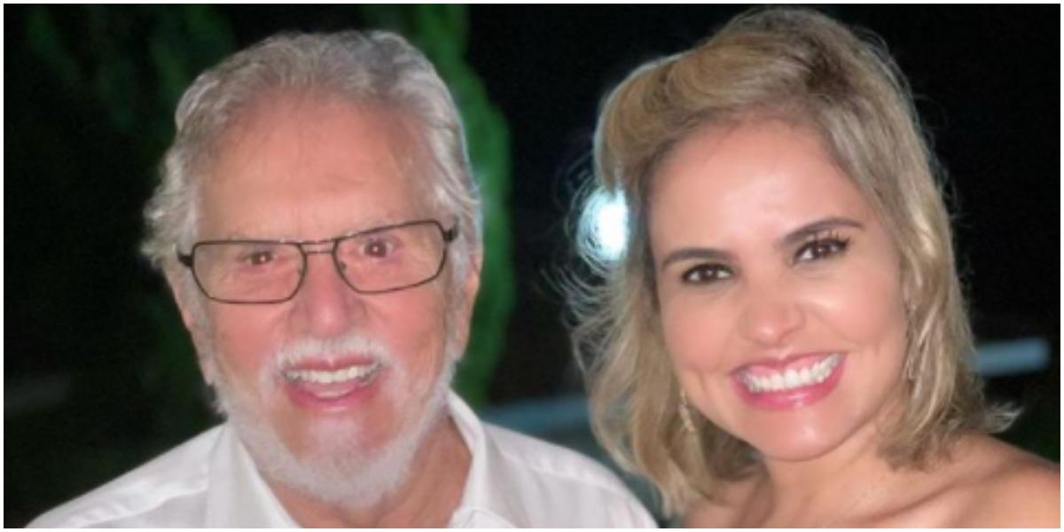Mulher de Carlos Alberto de Nóbrega, Renata Domingues, surgiu com micro biquíni nas redes sociais (Foto: Reprodução)