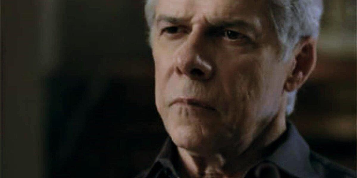 Claúdio (José Mayer) vai se ferrar com a artimanha de Téo (Paulo Betti) em Império
