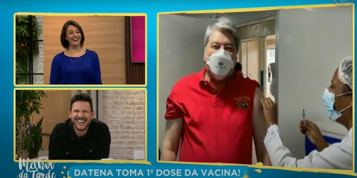 """Catia Fonseca interrompe atração às pressas e exibe comunicado urgente de Datena em sala com enfermeira: """"Medo"""""""