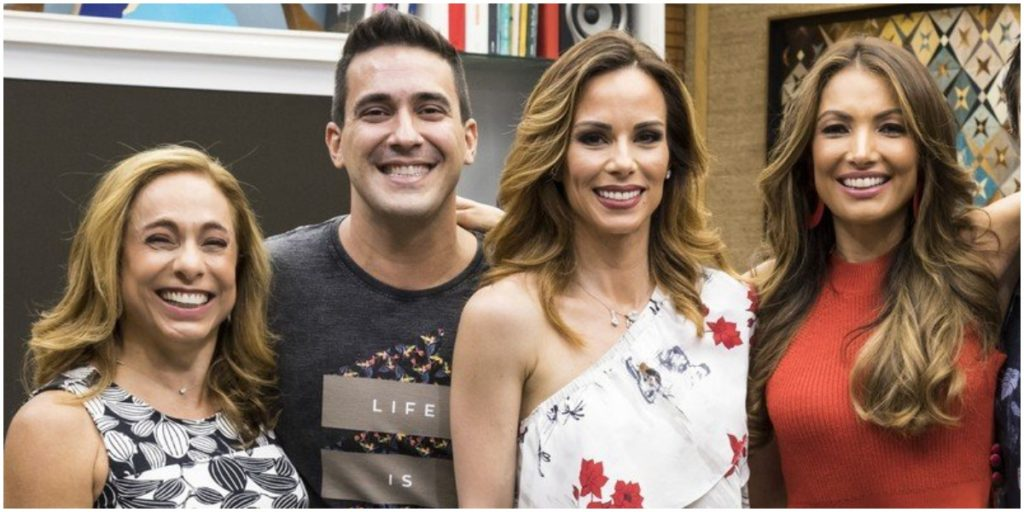 Cissa Guimarães, André Marques, Ana Furtado e Patrícia Poeta comandam o É de Casa - Foto: Reprodução