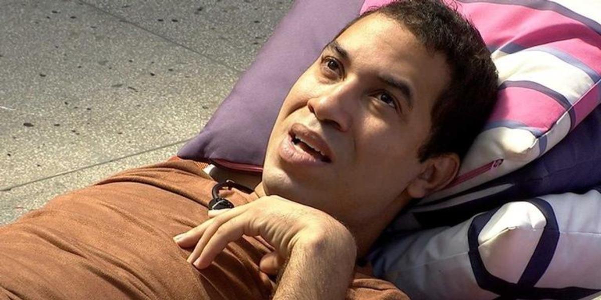 Gilberto pode ter reencontro com o pai após sair do BBB21 (Foto: Reprodução)