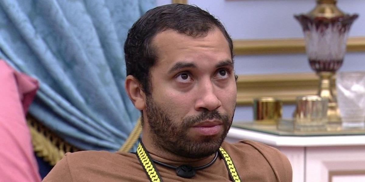 Gilberto desabafa sobre infância no BBB21 (Foto: Reprodução)