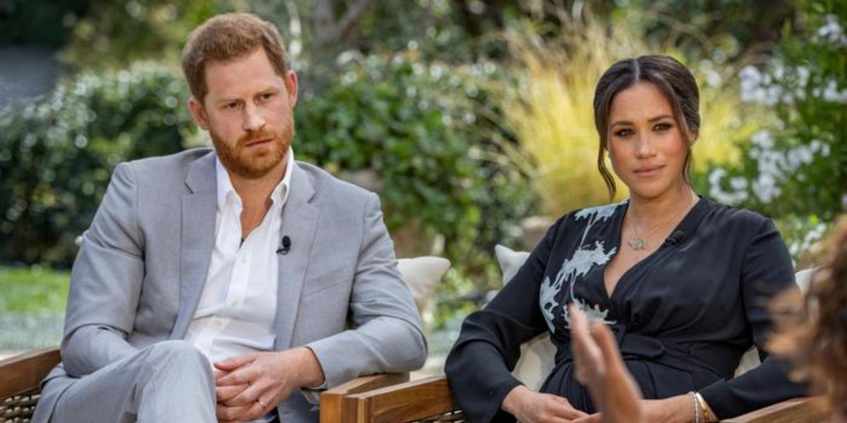 Príncipe Harry e Meghan Markle são culpados pela morte de Philip (Foto: Reprodução)