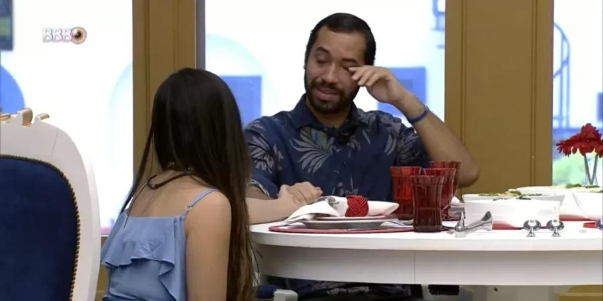 Juliette e Gil almoçando no BBB21 (Foto: Reprodução)