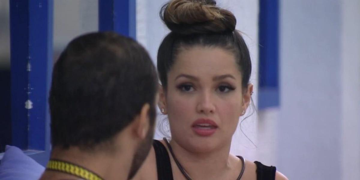Juliette mente na cara de pau para Gil no BBB21 (Foto: Reprodução)