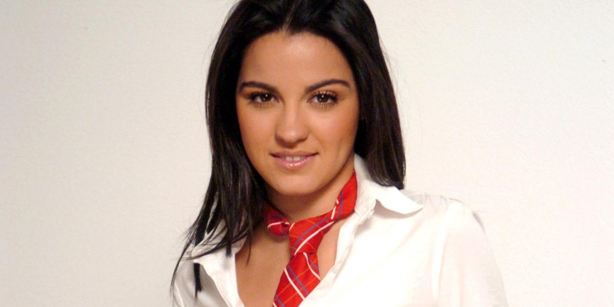Maite Perroni como Lupita em Rebelde (Foto: Reprodução)