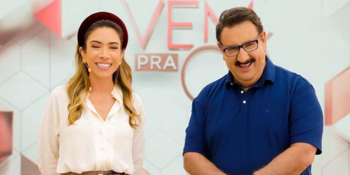 """Patrícia Abravanel e Ratinho no """"Vem Pra Cá"""" (Foto: Divulgação/SBT)"""