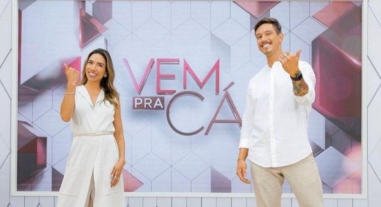 Patrícia Abravanel e Gabriel Cartolano comandam o Vem Pra Cá no SBT (Foto: Reprodução)