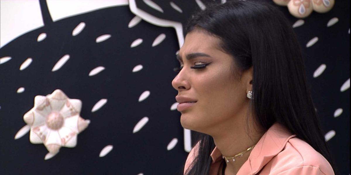 Pocah desaba no BBB21 após ser obrigada a tomar decisão ao vivo (Foto: Reprodução)