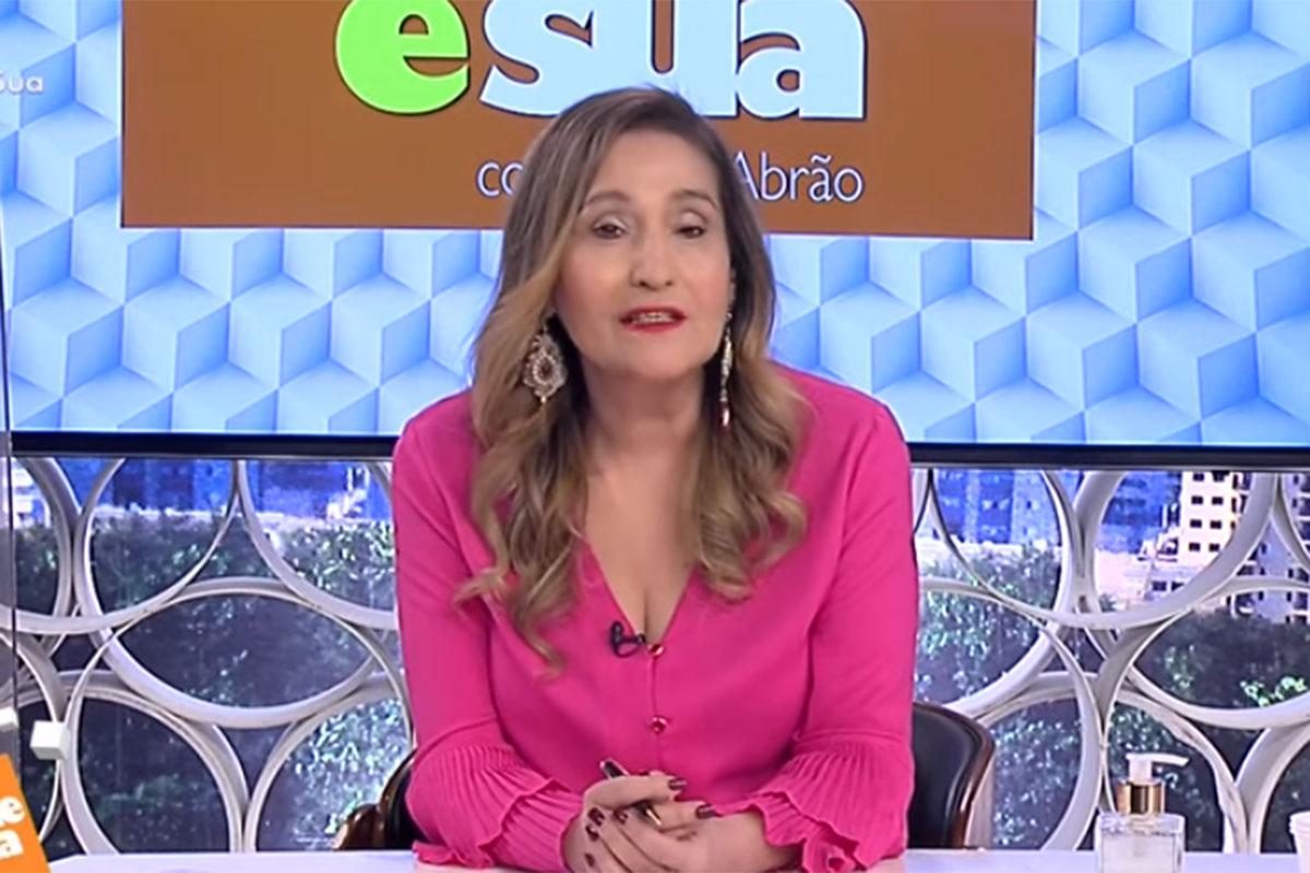 Sonia Abrão no programa A Tarde é Sua, na RedeTV! (Foto: Divulgação)