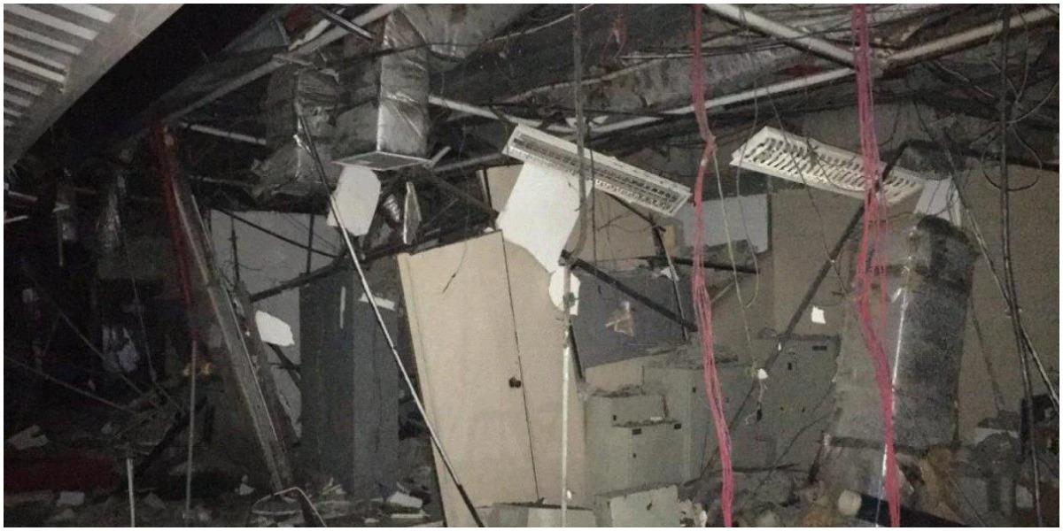 Teto da Record após desabamento na sede do Rio de Janeiro (Foto: Reprodução)