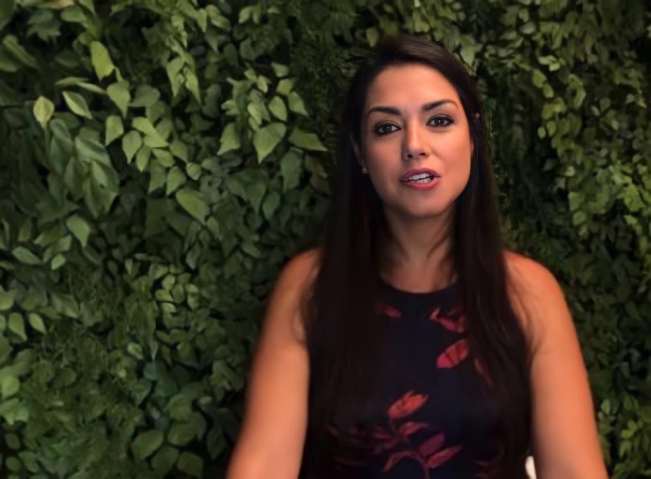 Thaís Fersoza quebra silêncio depois de notícia de separação (Foto: Reprodução/Youtube)