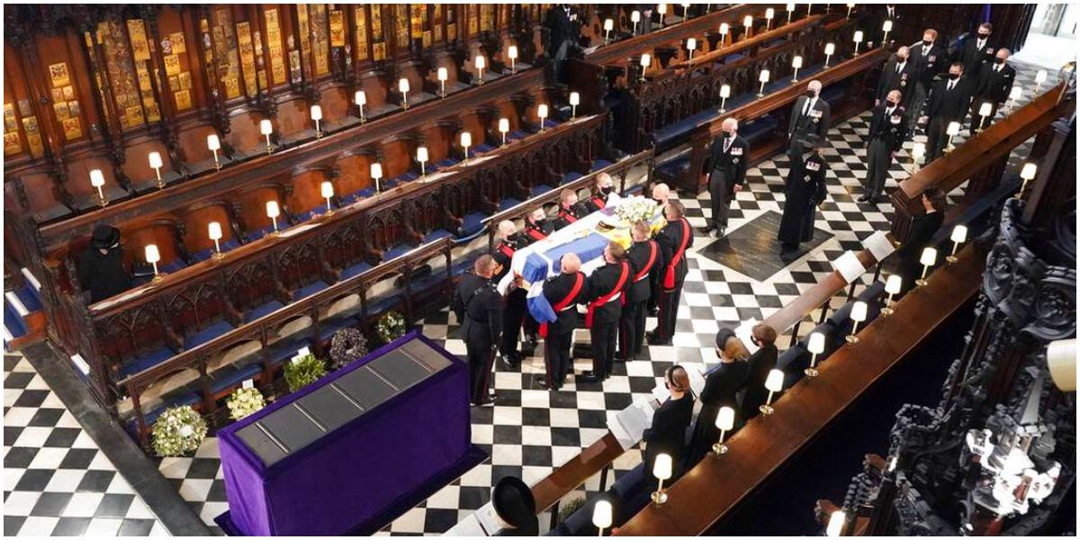 O caixão com o corpo do Príncipe Philip- Foto: Reprodução