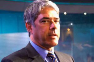 William Bonner nos bastidores do Jornal Nacional (Reprodução: Globo)