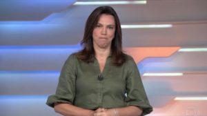 """Ana Paula Araújo anuncia morte na Globo com choro exibido e luto toma conta em relato devastador: """"Muito difícil"""""""
