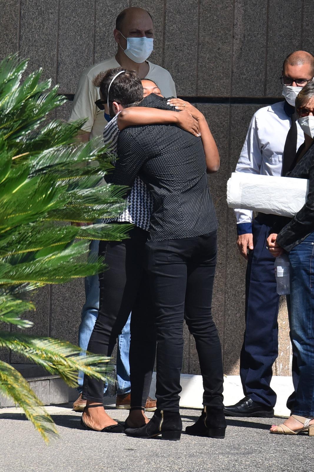 Thales Bretas recebeu as condolências no Memorial da Colina (Foto: AgNews)