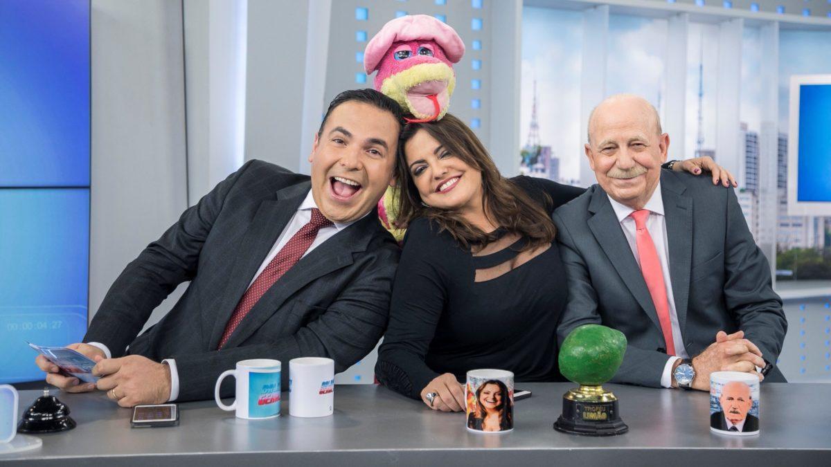 Fabíola Reipert alfineta audiência de Maju na Globo (Foto: Reprodução/Record)