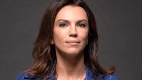 """Ana Paula Araújo se despede em anúncio oficial, confirma fim e desmorona após choro na Globo: """"Muitas tristezas"""""""