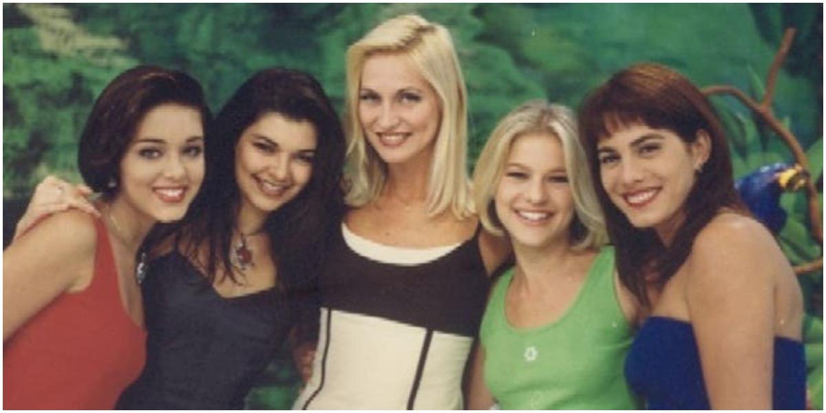 Às cinco mulheres que comandavam o Fantasia, programa do SBT (Foto: Reprodução)