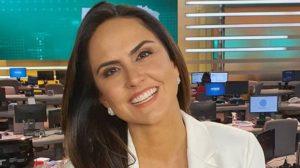 """Carla Cecato, demitida por e-mail de maneira humilhante, faz vídeo suplicando: """"Peçam para amigos"""""""