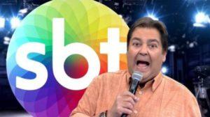 """Faustão, fora da Globo, invade The Noite no SBT e mata convidado de susto: """"O que está acontecendo"""""""